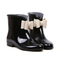 Black Rain Boots With Bowknot Design