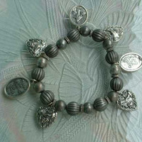 Christian Expansion Charm Bracelet 7 Charms Hearts Mary Jesus Ribbed Beads Vintage Religious Jewelry