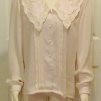 Vintage Blouse Ivory Blouse 80s Clothes 90s Clothes Vintage Clothing Womens Top Ladies Top Business Attire Modest Clothing Size 12 Top White