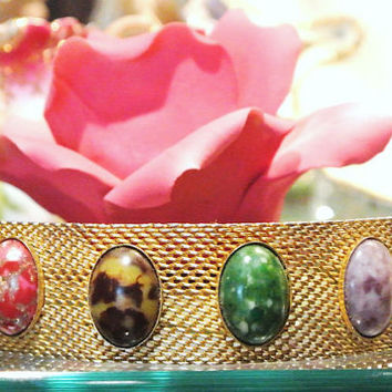 Sarah Coventry Bracelet Sonnet Lucite Thermoset Cabochons Faux Gemstone 1970s Sarah Cov Jewelry Mesh Gold Tone Band Embossed Fold Over Clasp