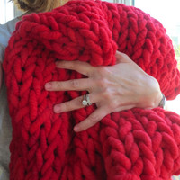 58x42 Super Chunky Hand Knit Lap Blanket Throw Valentine Gift Red