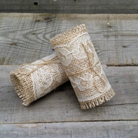 Burlap and Lace Napkin Rings with Twine, Rustic Wedding Table Decor, Rustic Decor, Burlap Wedding, Set of 4