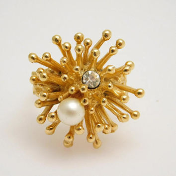 Abstract Pearl Ring Sea Theme  Vintage Jewelry