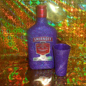 35cl Glittered Smirnoff Vodka & Matching Glitter Shot Glass