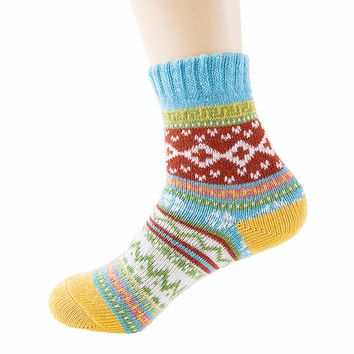 Womens Winter Warm Vintage Line Style Thick Knit Wool Cozy Comfy Crew Socks