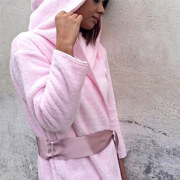 Women's bathrobe,Pink bathrobe,gift for her,Hooded bathrobe,gift for women,girls bathrobe,Gift for girlfriend,soft bathrobe