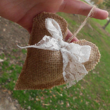 Burlap Heart Ornament, Rustic, Lace Bow, Romantic, Love  Natural, Christmas Decoration, Beige, Brown, Shabby Chic, Primitive, Country decor,