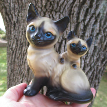 Vintage Cat Figurine Siamese Cat and Kitten