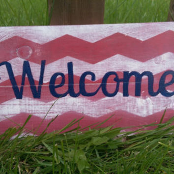 Small Chevron Americana Welcome Pallet Sign