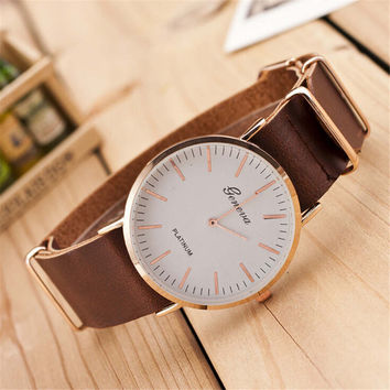 Womens Hight Quality Cowhide Strap Watch Girl Retro Casual Sports Watches + Beautiful Gift Box