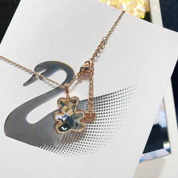 DCCK 022 Ms. Swarovski's Cute Teddy Bear Clavicle Necklace