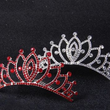 Diamond Crown Wedding Dinner Bride Headdress Show Accessories (color: Silver)