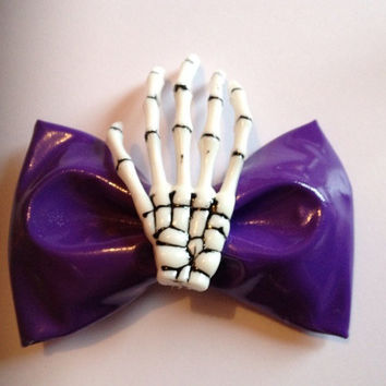 Small Purple PVC Hair Bow Hairbow Skeleton Hand Skull Goth Gothic Cyber Lolita Emo Punk Fetish Creepy Cute