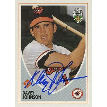 NOVO5 Davey Johnson Signed 2002 Topps Card - Orioles - Close up/batting stance