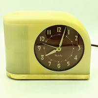 Vintage Westclox Moonbeam Electric Silent Light Retro Alarm Clock