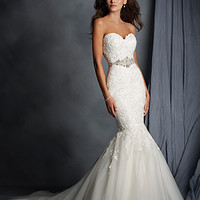 Alfred Angelo 2526 Lace Mermaid Wedding Dress