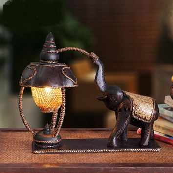 Southeast Thailand carved Table Lamps elephant lamp lighting retro bedroom bedside lamp warm bamboo hotel decoration LU809199