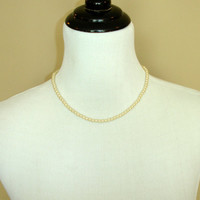Vintage Cream Pearl Necklace, Dainty Glass Pearls, Simple Faux Pearls, Screw Clasp, Estate Costume Jewelry