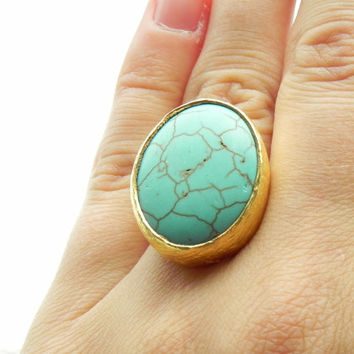Large Turquoise Bohemian Statement Ring // Boho Tribal Gold and Turquoise Ring Size 6 // Vintage Jewelry