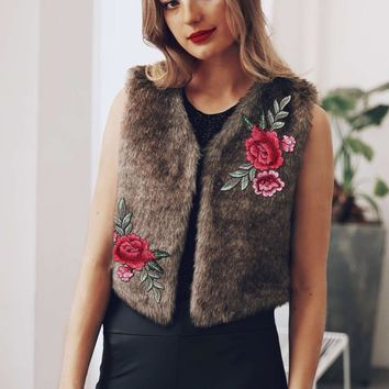 2017 NEW rose Embroidery women Winter Faux Fur Coats lady Vest Sleeveless Outerwear Coat Thicken Warm Fake Fur Waistcoat Jacket