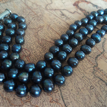 Midnight Blue Pearl Bracelet by Lunarpearl on Etsy