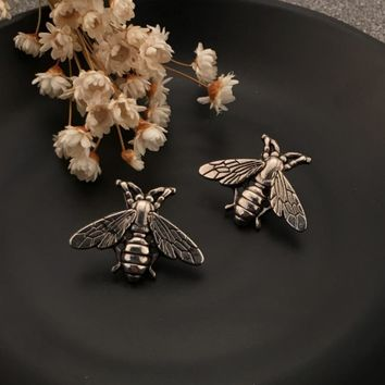 1 Piece Vintage Antique Stereoscopic Cameo Metal Cute Bees Insect Brooches Broaches Pins Party Accessories Jewelry