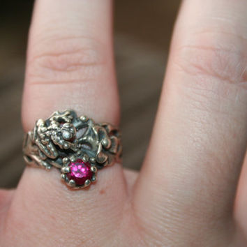 SALE Vintage Sterling Silver Frog  flowers garnet stone Ring Twig Diorama  Stunning in size 7 and half