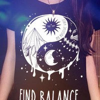 Yin Yang - Soft Grunge tshirt, Pastel goth shirt, Aesthetics shirt, Tumblr t shirt, Sun Moon and Stars, Good Vibes