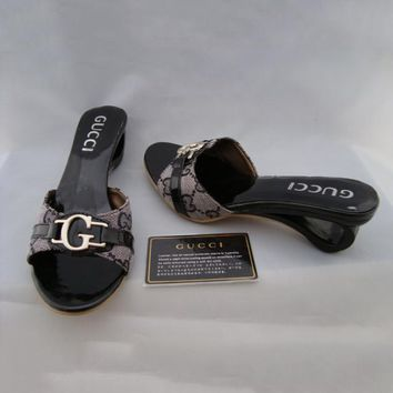 GUCCI Casual Women Low Heels Slipper Sandals Shoes d4eb60b11f62