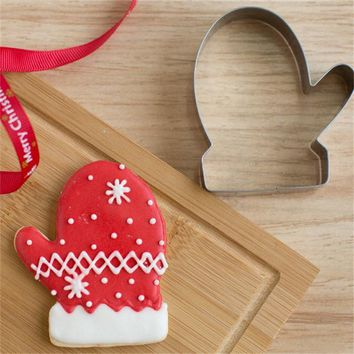 Aluminum Biscuit Mould Bakeware Christmas Glove Shape Fondant Cake Mold DIY Sugarcraft 3D Pastry Cookie Cutters