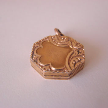 Victorian Locket Watch Fob / Gold Plate / Beautiful Floral Engravings  /  Vintage Jewelry / Jewellery