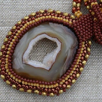 agate druzy necklace, brown necklace, seed bead necklace, agate pendant, beadwork art, gemstone handmade gift, beaded brown necklace