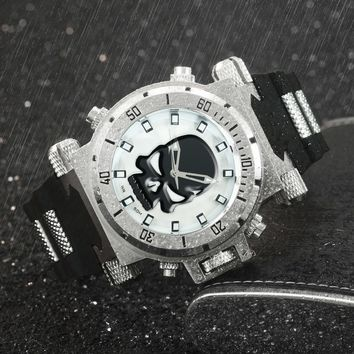 Men's Punk Skull Big Case Sports Quartz Rubber Strap Casual Wristwatch