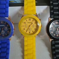 Men Women Unisex Analog wrist Silicon Sport Watches Yellow