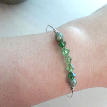 bangle bracelet - green ombre crystal bracelet - memory wire bangle - gemstone - St Patricks Day - wire wrapped jewelry - wire wrapping