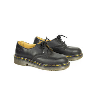 2 uk | 90s DR MARTENS black leather oxford shoes / made in england / vintage 1990s grunge / docs 3 eye oxfords / eu 35 / womens 4 - 5