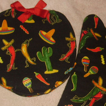 Oven Mitt and Pot Holder Set Beautiful Black with catus Hats and Chile Peppers Fiestive