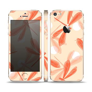 The Coral DragonFly Skin Set for the Apple iPhone 5s
