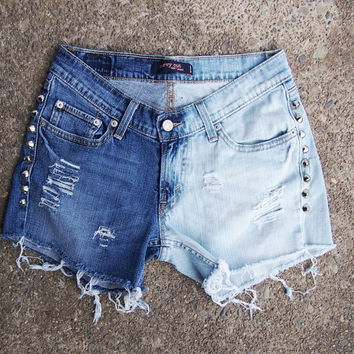 Studded Levis 528 Low Rise Shorts ombre half bleached blue denim destroyed cone studs festival cut offs hipster size 5