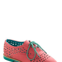 Stand Out and Smile Flat in Coral | Mod Retro Vintage Flats | ModCloth.com
