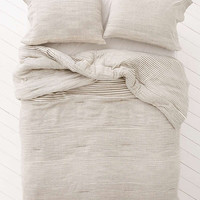 Valencia Space Dyed Comforter | Urban Outfitters