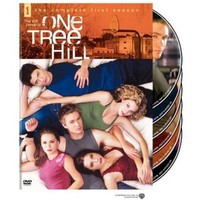 Walmart: One Tree Hill: The Complete First Season (Full Frame)