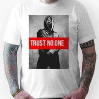 "2PAC ""Trust No One"" SUPREME Unisex T-Shirt"