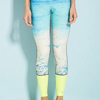 Colorblocked Wave Graphic Leggings