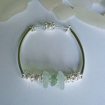 Sea Glass Bracelet. Sea glass jewelry. Aqua beach glass.