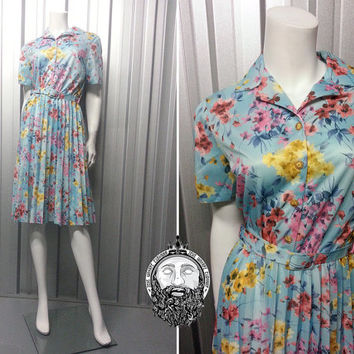 Vintage 70s Light Blue Floral Dress Full Skirt A Line Pleated Box Pleat Skirt Shirtwaister Dress Shirt Waist Short Sleeve Shirtdress Tea