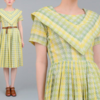 50s Dress Houndstooth Checkered Dress Shawl Collar 1950s Vintage Cotton Dress Pleated Full Skirt Day Dress Ivory White Green Small S
