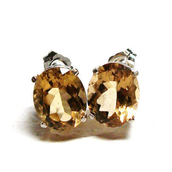 "Stud earrings, champagne quartz, wiskey quartz studs, pierced earrings, brown, caramel, champagne tan,  ""Tiny Bubbles"""