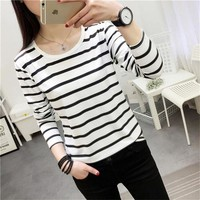 ONETOW 2017 Striped Shirt Long Sleeve Black and White Stripes T-Shirt Women Loose Student Bottom T Shirt Dropshipping