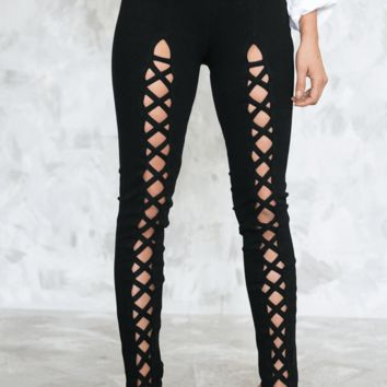 LACE-UP CUTOUT PANTS - BLACK